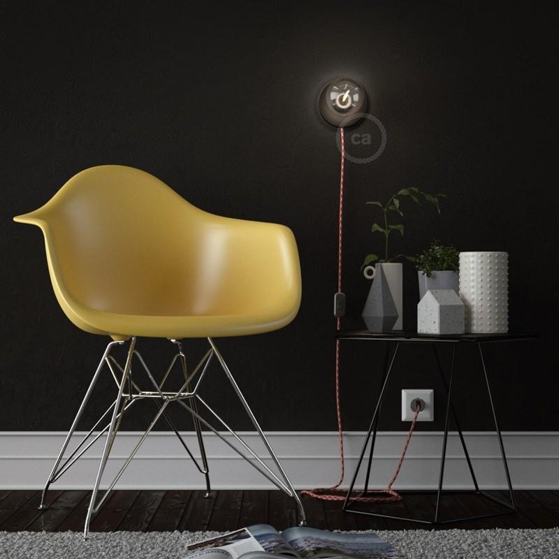 Spostaluce, černý kovový zdroj světla s textilním kabelem a bočními otvory