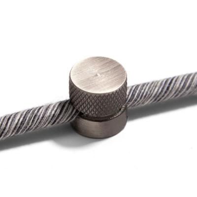Sarè - Kovová nástěnná kabelová svorka pro textilní elektrické kabely - matný chrom