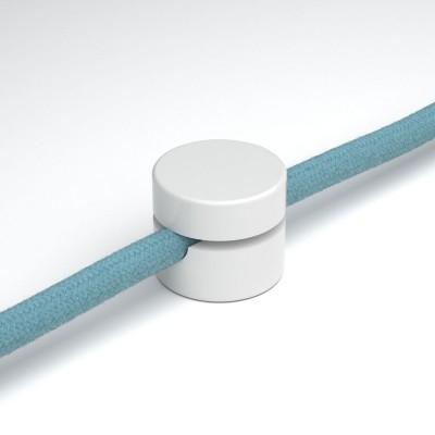 Univerzální nástěnná kabelová svorka pro textilní elektrické kabely